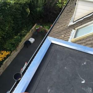 Zink Zinken daklijst Zinken dakbedekkingen Zinken dakgoten Zink Daklijst geven uw huis een authentieke uitstraling en soms zelfs een meerwaarde. Zink